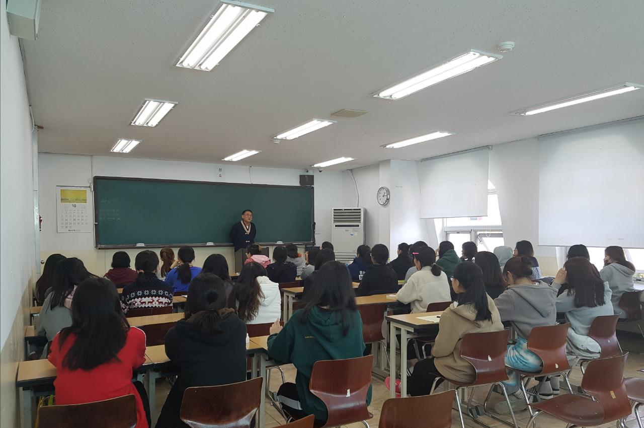 여학생 명상학습법특강 사진4